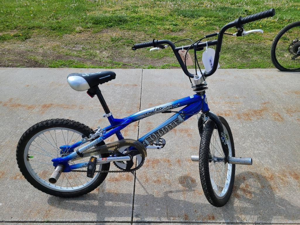mongoose-outer-limit-freestyle-kids-bike-rotor-pegs-20in-tires-model-r1954wmkt