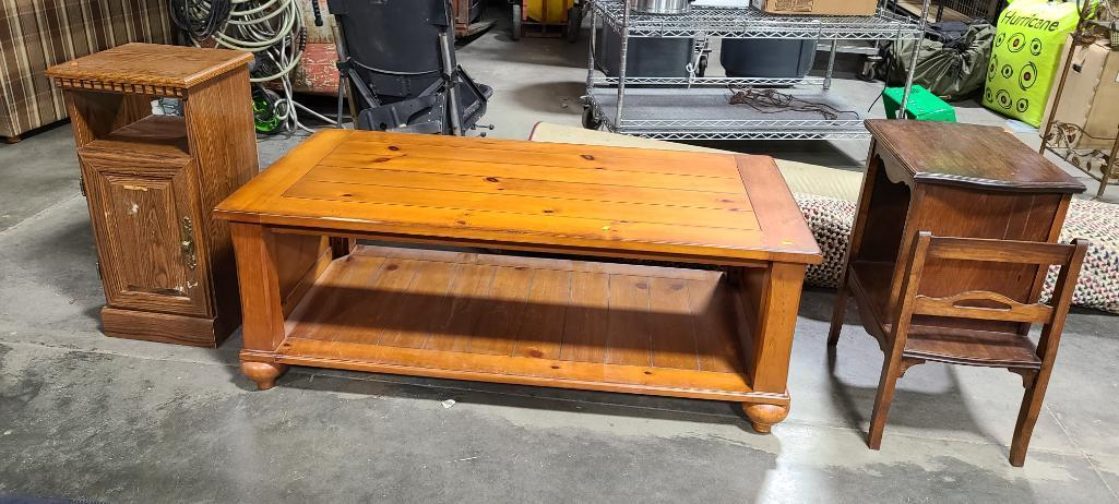 knotty-pine-coffee-table-gossip-bench-side-cabinet-or-stand