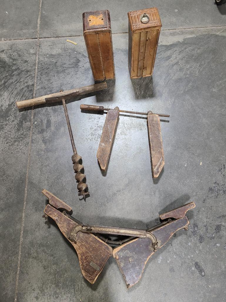 primitive-and-antique-tools-drawers-dutro-mfg-co-mason-city-ia
