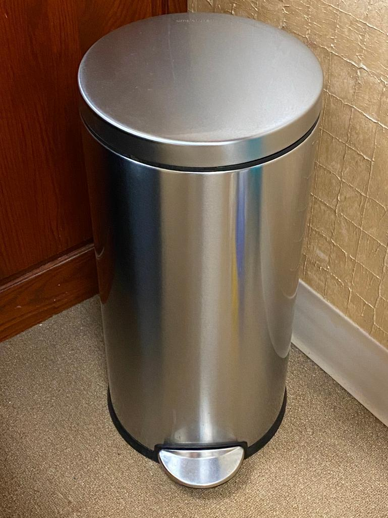 simplehuman-stainless-steel-foot-control-trash-can