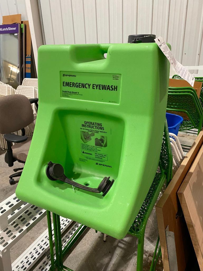 sperian-emergency-eyewash-station-porta-stream-model-20000-serial-519076