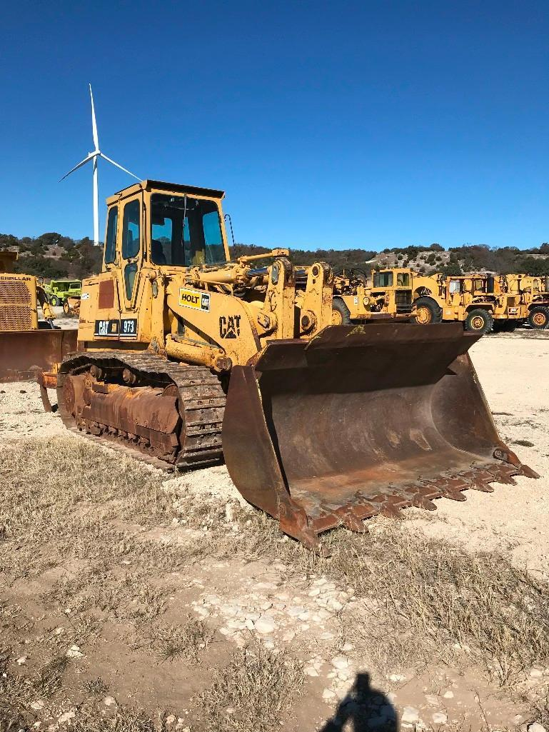 CAT 973 CRAWLER LOADER SN:86G03049 Powered By Cat