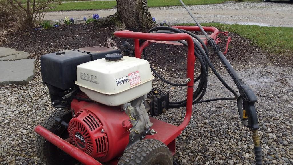 PRESSURE WASHER PRESSURE WASHER Powered By Honda GX390