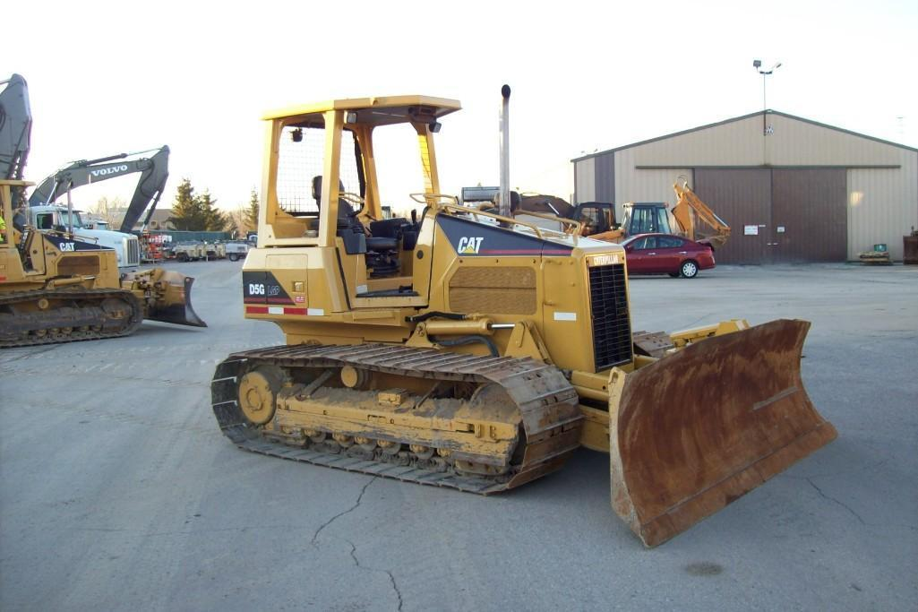 CAT D5GLGP CRAWLER TRACTOR SN:RKG03413 Powered By Cat