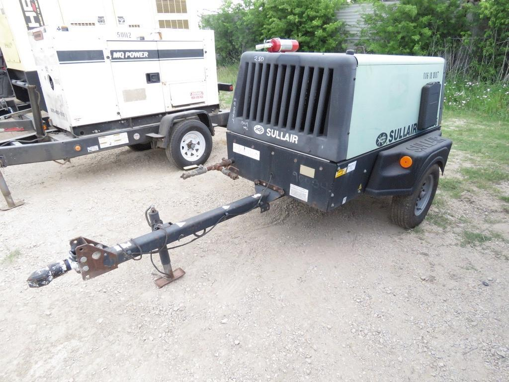 2010 SULLAIR 185 AIR COMPRESSOR Powered By Diesel