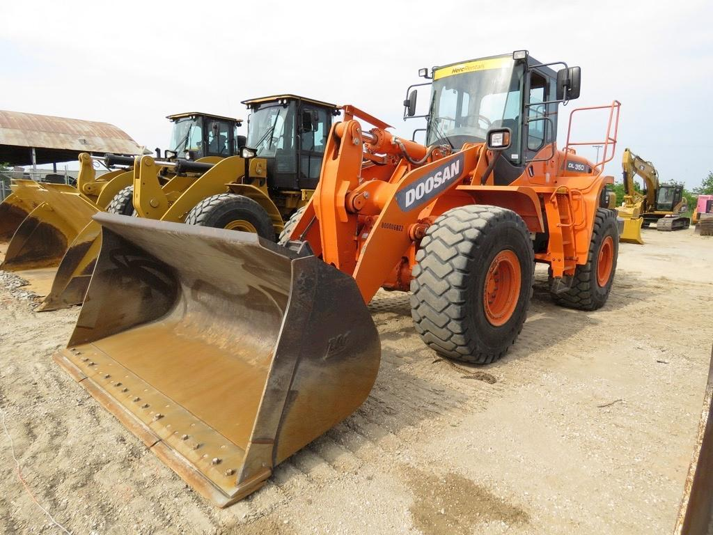 2013 DOOSAN DL350-3 RUBBER TIRED WHEEL LOADER