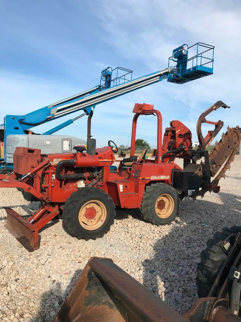 DITCH WITCH 8020T TRENCHER SN:5T0204 Powered By Diesel