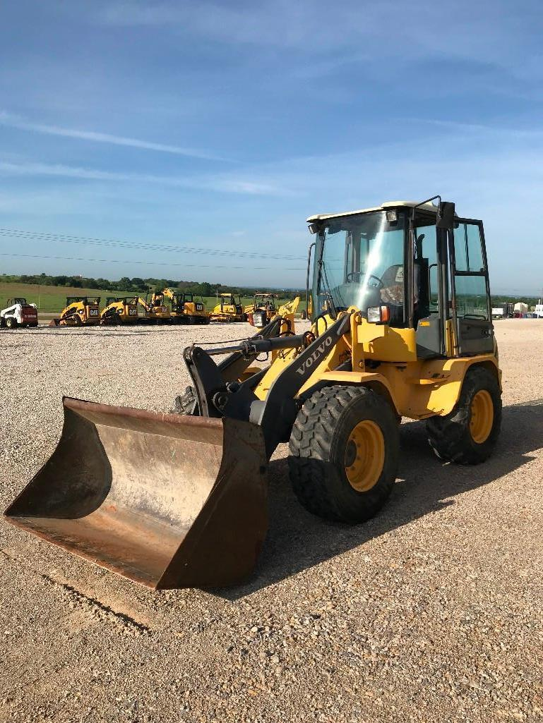 VOLVO L35B-Z RUBBER TIRED LOADER SN:1862233 Powered By