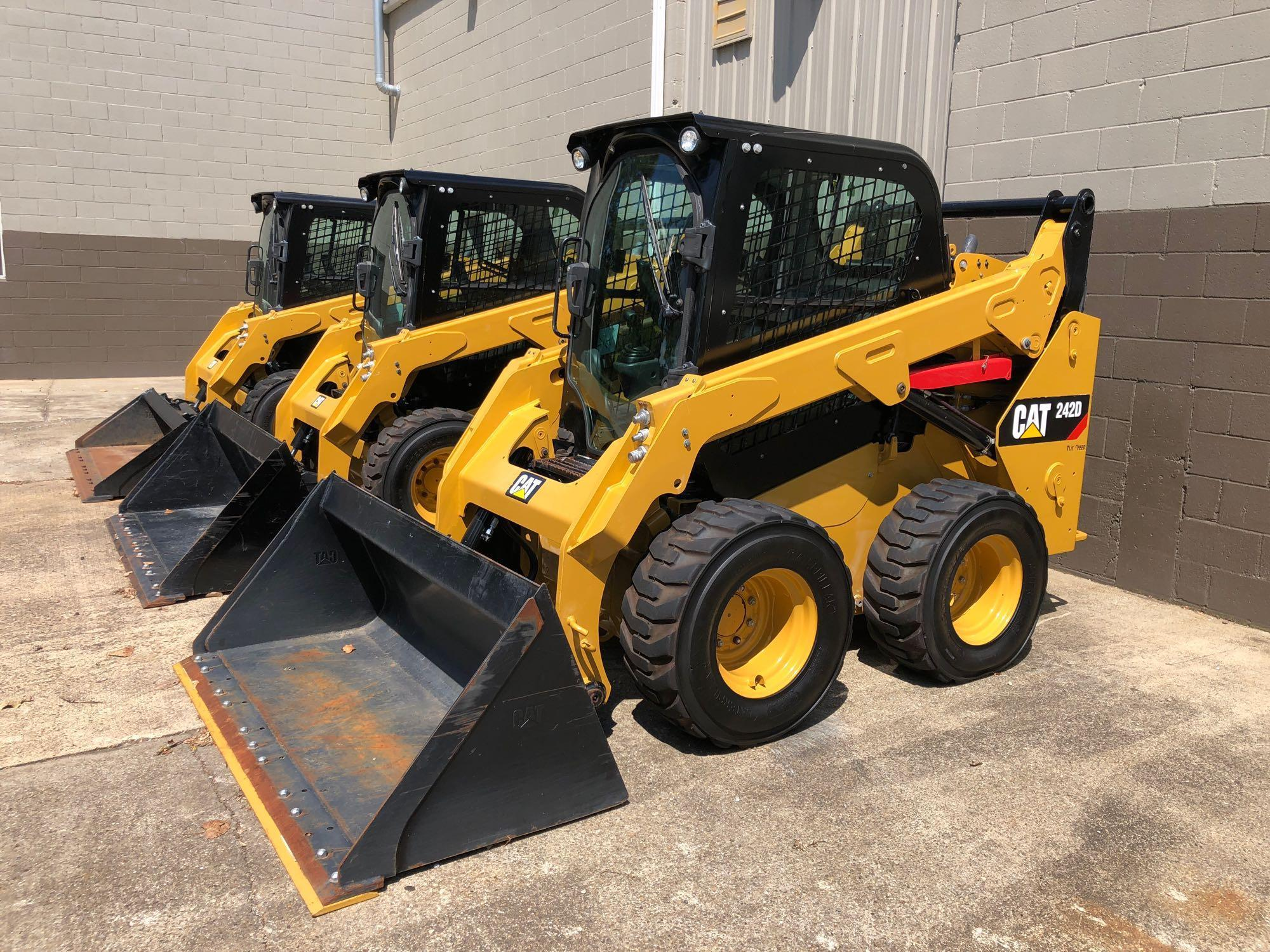 2016 CAT 242D SKID STEER SN:DZT02688 Powered By Cat
