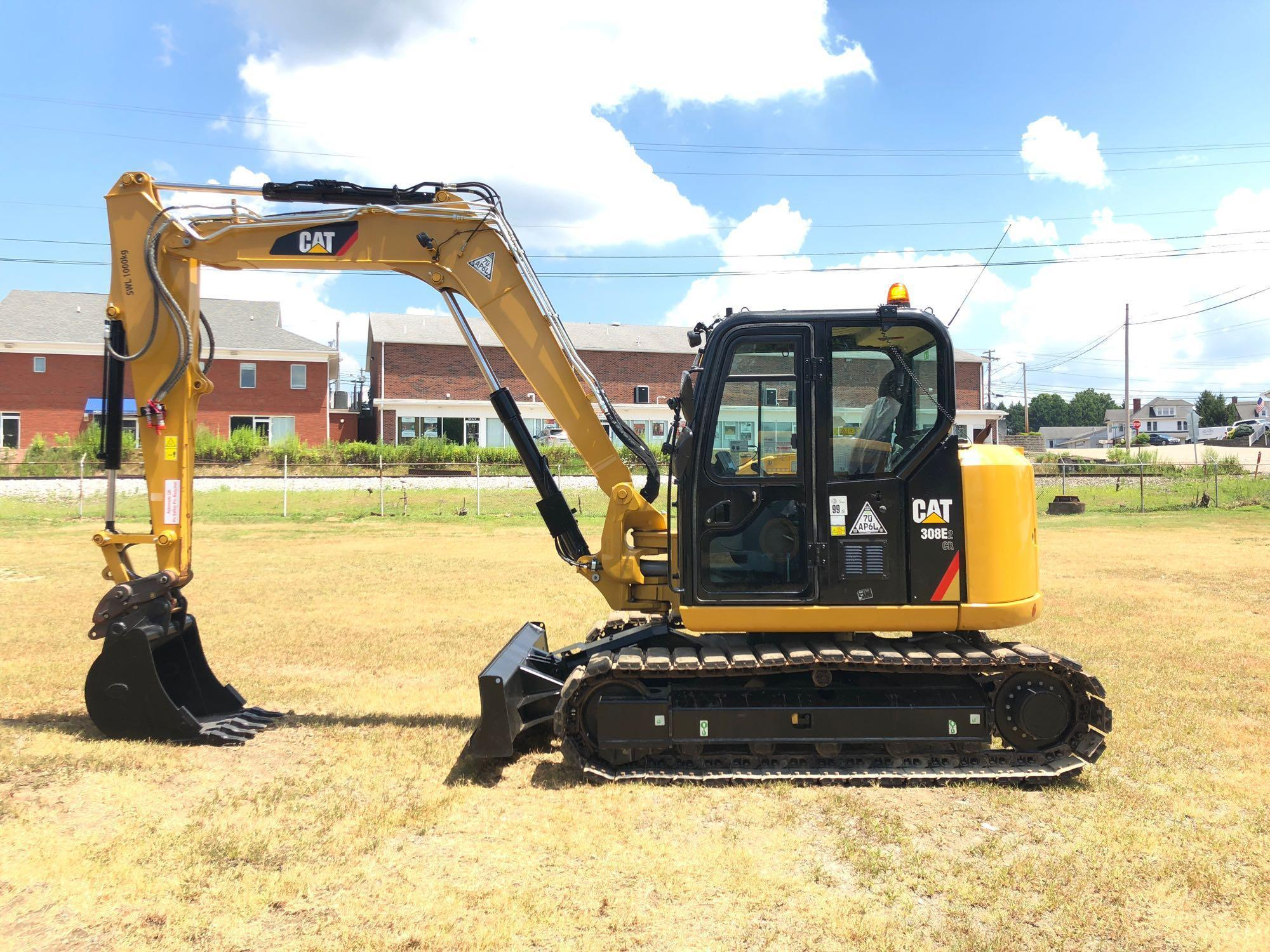 2017 CAT 308E2CR HYDRAULIC EXCAVATOR SN:FJX08944