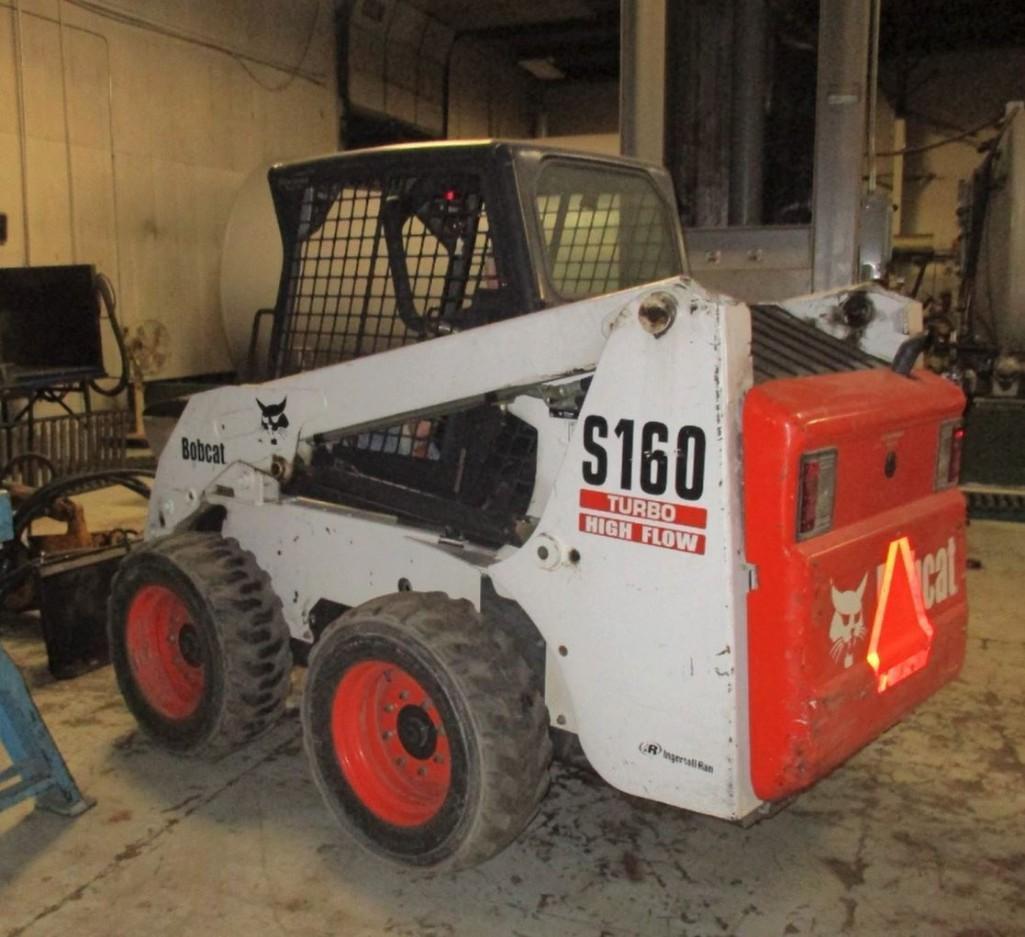 BOBCAT S160 SKID STEER Powered By Diesel Engine