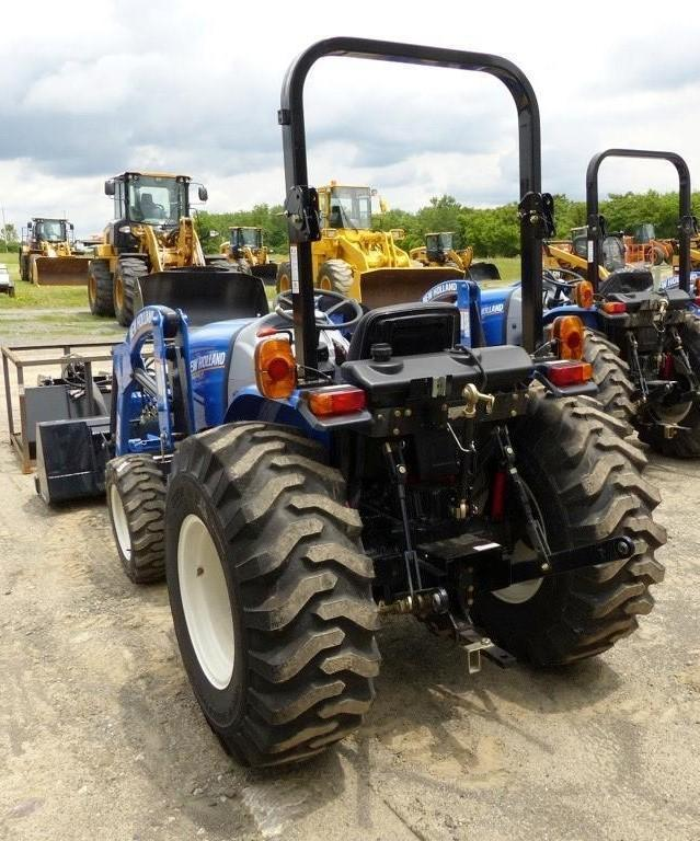 2017 NEW HOLLAND WORKMASTER 33 TRACTOR LOADER 4x4