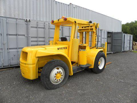 HYSTER H200ES FORKLIFT SN:5247N Powered By V6 Gas