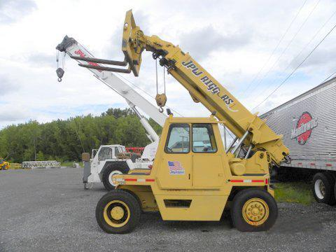 GRADALL 552 TELESCOPIC FORKLIFT Powered By Detroit