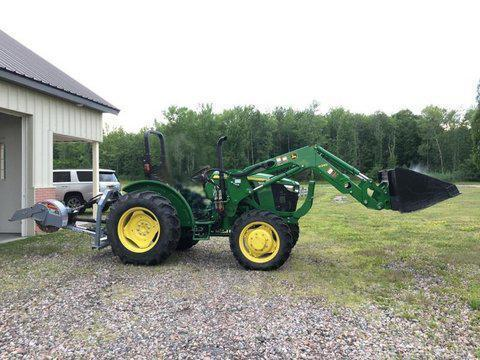 2017 JOHN DEERE 5055E TRACTOR LOADER 4x4 Powered By
