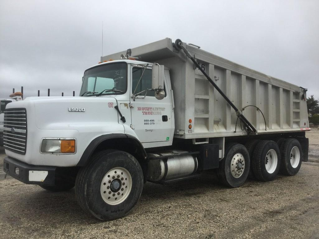FORD L9000 DUMP TRUCK VN:A78667 Powered By Cat 3406