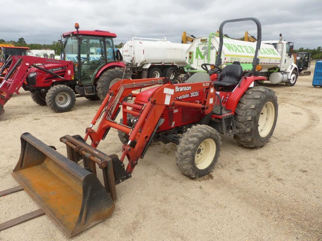 BRANSON 3820 TRACTOR LOADER SN:9N00171 4x4 Powered By