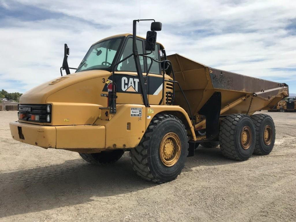 2008 CAT 730 ARTICULATED HAUL TRUCK SN:B1M02109 6x6