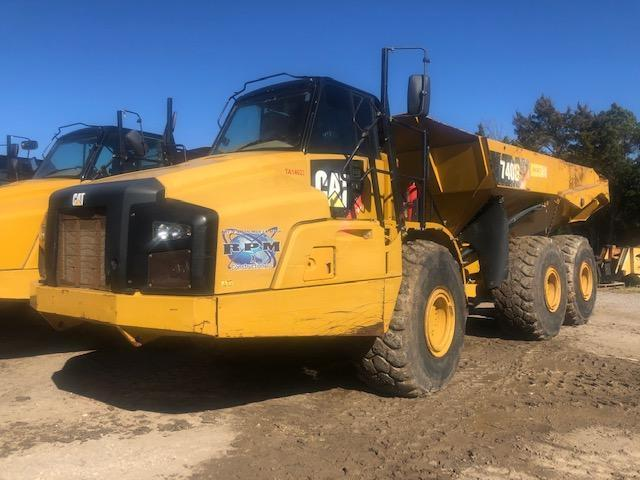 2013 CAT 740B ARTICULATED HAUL TRUCK SN:T4R01757 6x6