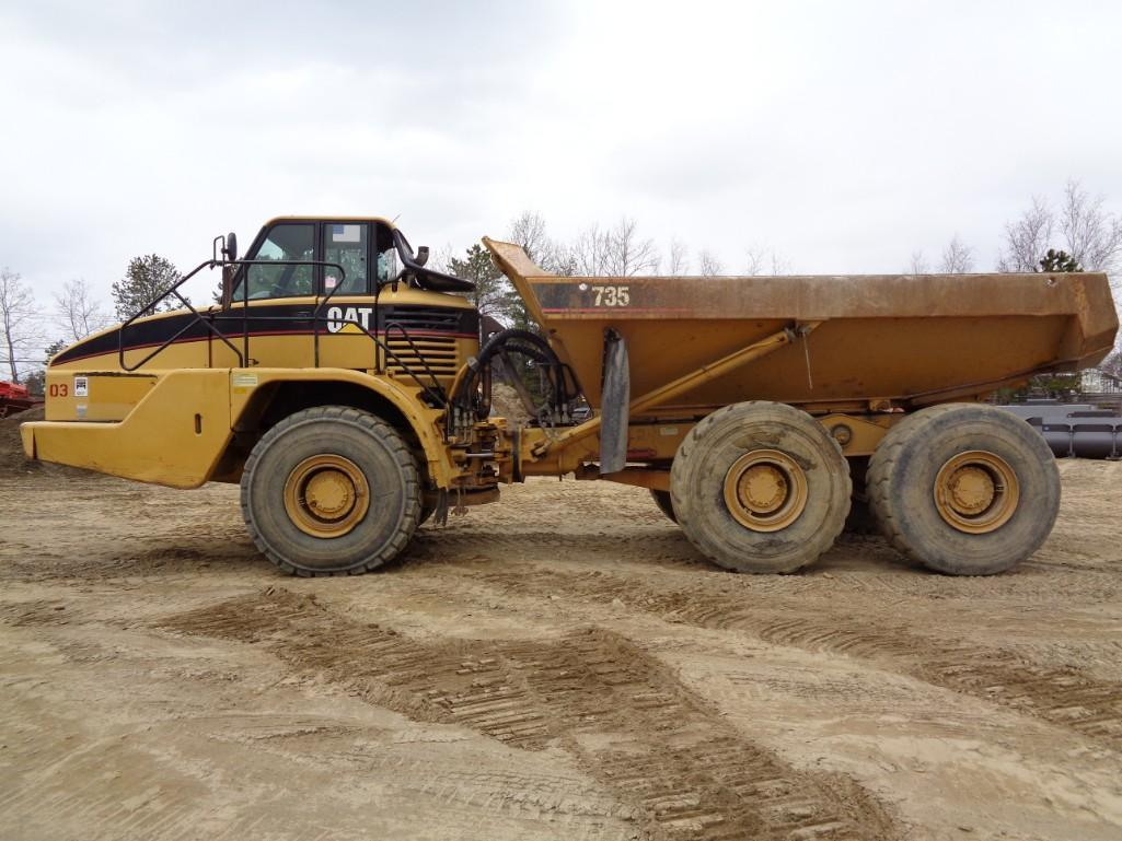 CAT 735 ARTICULATED HAUL TRUCK 6x6 Powered By Cat