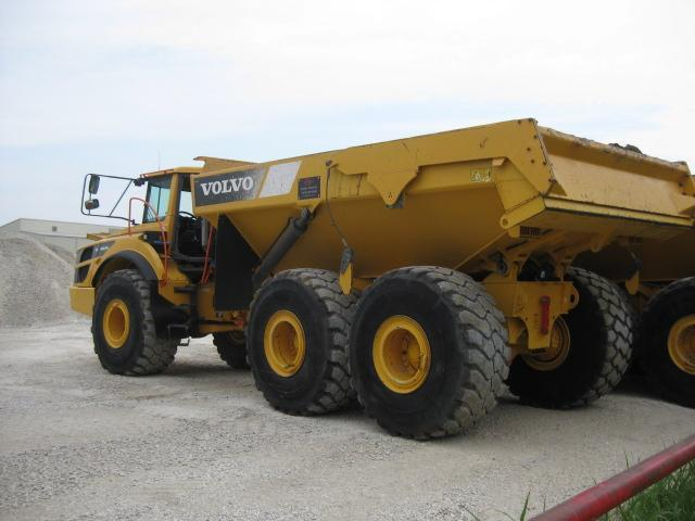 2015 VOLVO A40G ARTICULATED HAUL TRUCK SN:340568 6x6