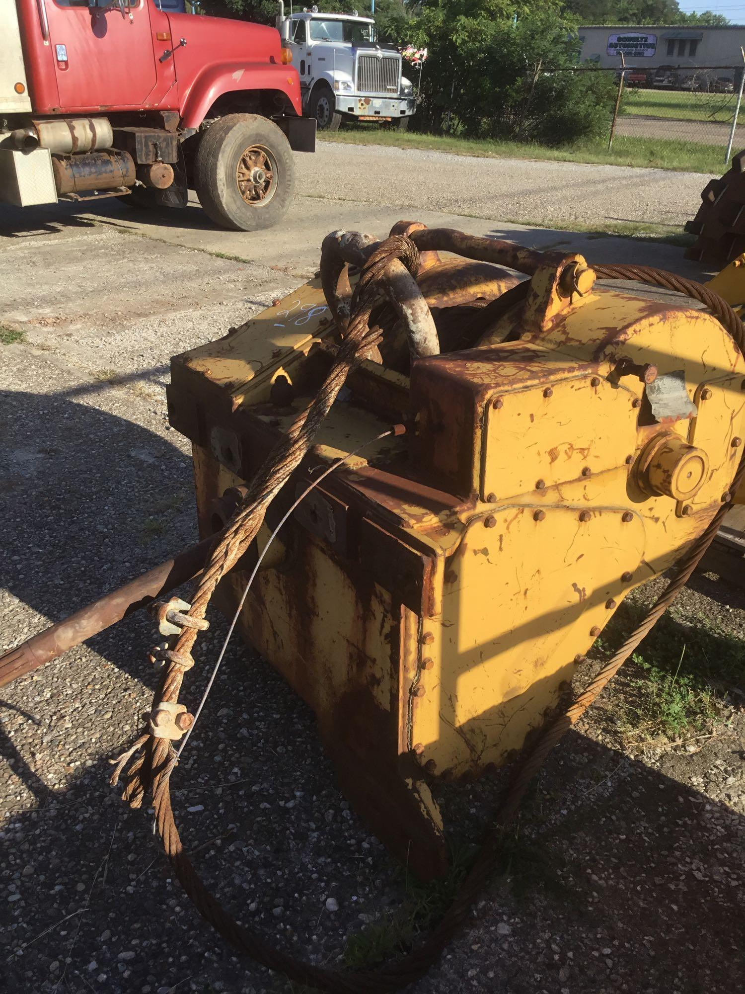 HYSTER W12F WINCH CRAWLER TRACTOR ATTACHMENT