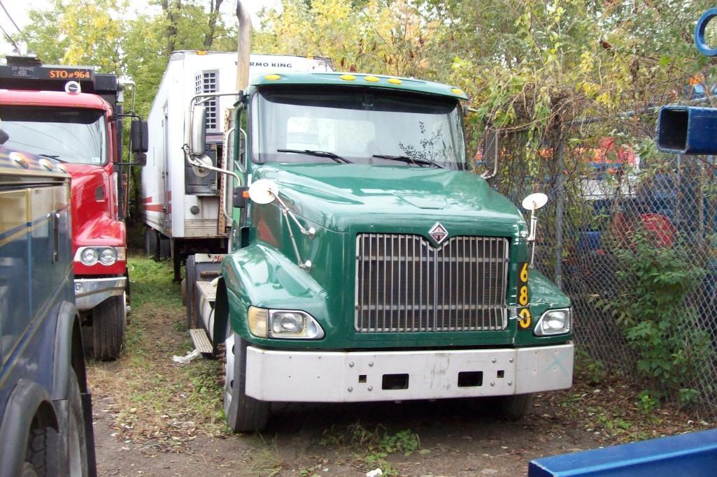 2001 INTERNATIONAL 9200I TRUCK TRACTOR VN:001849