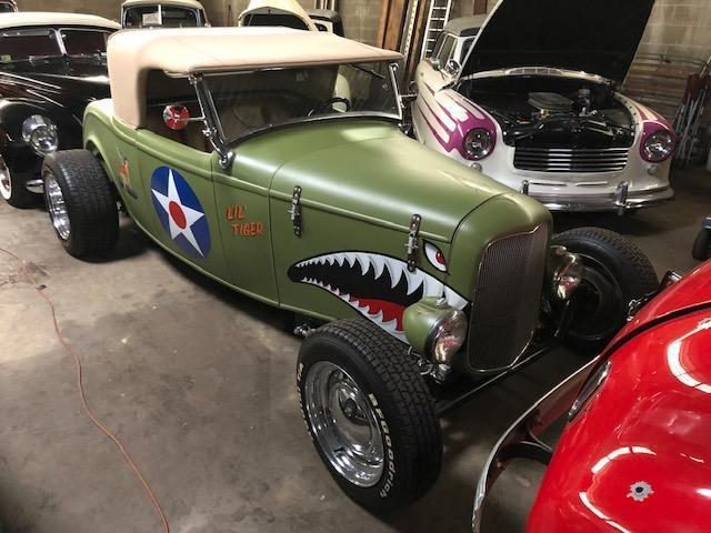 1932 FORD HIGH BOY ROADSTER COLLECTIBLE VEHICLE VN:N/A