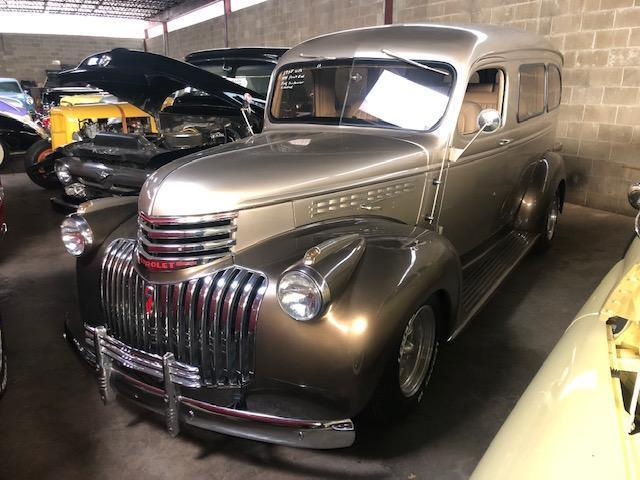 1938 CHEVY SUBURBAN COLLECTIBLE VEHICLE VN:N/A 350