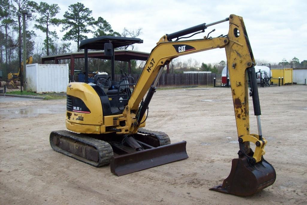 2007 CAT 303.5ECR HYDRAULIC EXCAVATOR SN:DMY01182