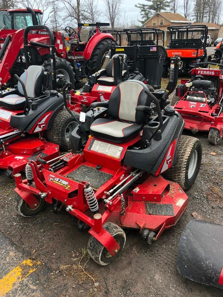 UNUSED FERRIS IS2100 COMMERCIAL MOWER Powered By Gas