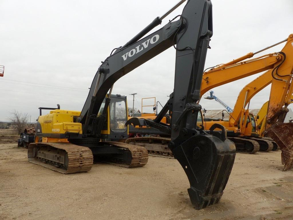 VOLVO EC210 HYDRAULIC EXCAVATOR SN:14362 Powered By