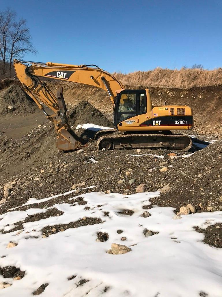 CAT 320CL HYDRAULIC EXCAVATOR SN:PAB05317 Powered By