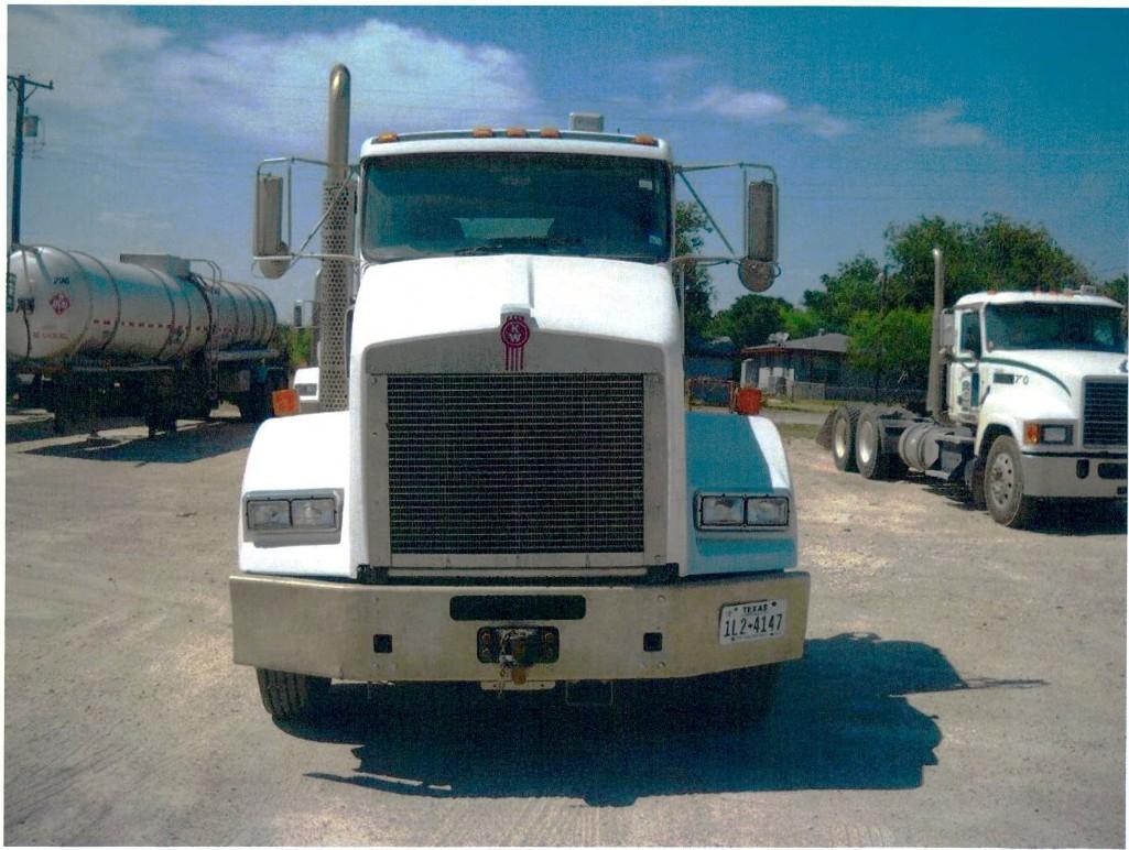 2013 KENWORTH T800 TRUCK TRACTOR VN:1XKDD49X3DJ349008