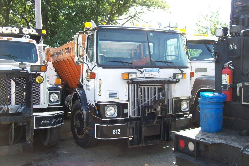 1990 WHITE/ GMC WX XPEDITOR SNOW PLOW TRUCK VN:628324