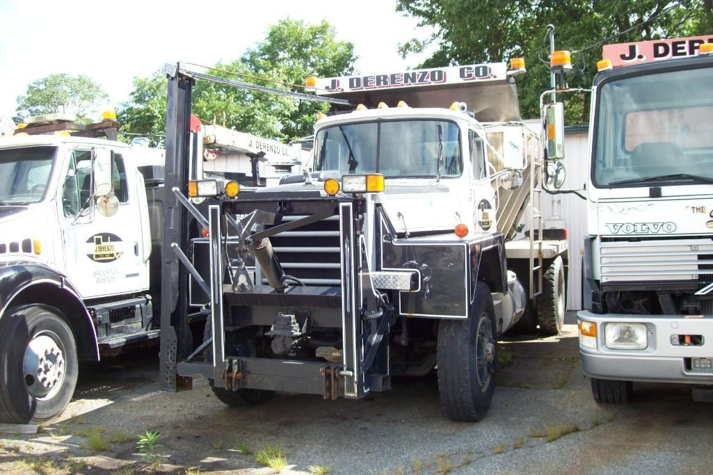 1988 MACK RD686P SNOW PLOW TRUCK VN:17606 Powered By