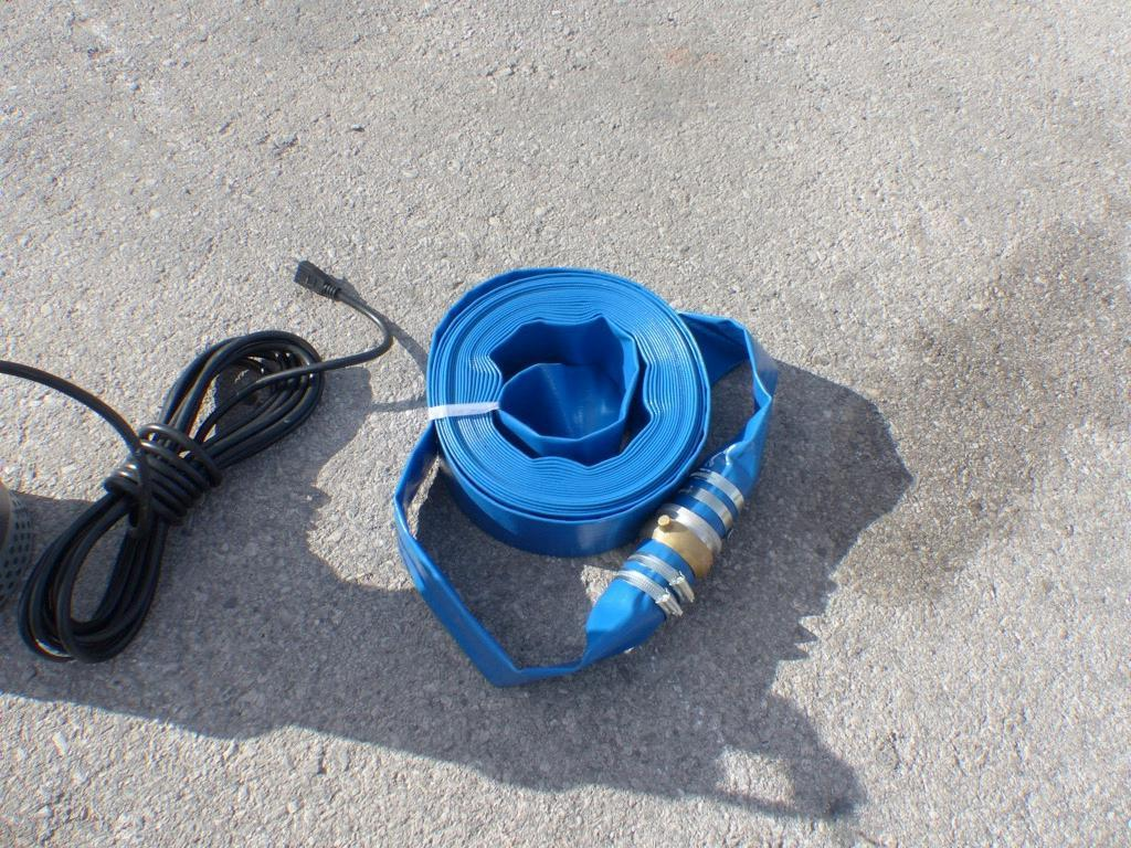 NEW 2IN. X 50FT. DISCHARGE WATER HOSE NEW SUPPORT