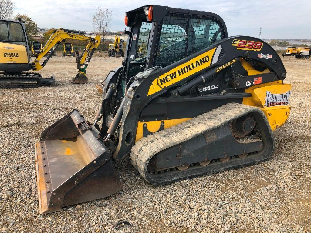 2015 NEW HOLLAND C238 RUBBER TRACKED SKID STEER