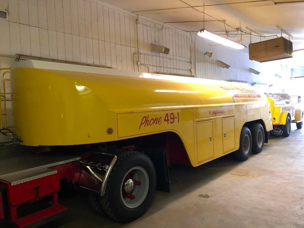 1954 FARRELL FUEL TANK TRAILER VN:297268 5 Compartment