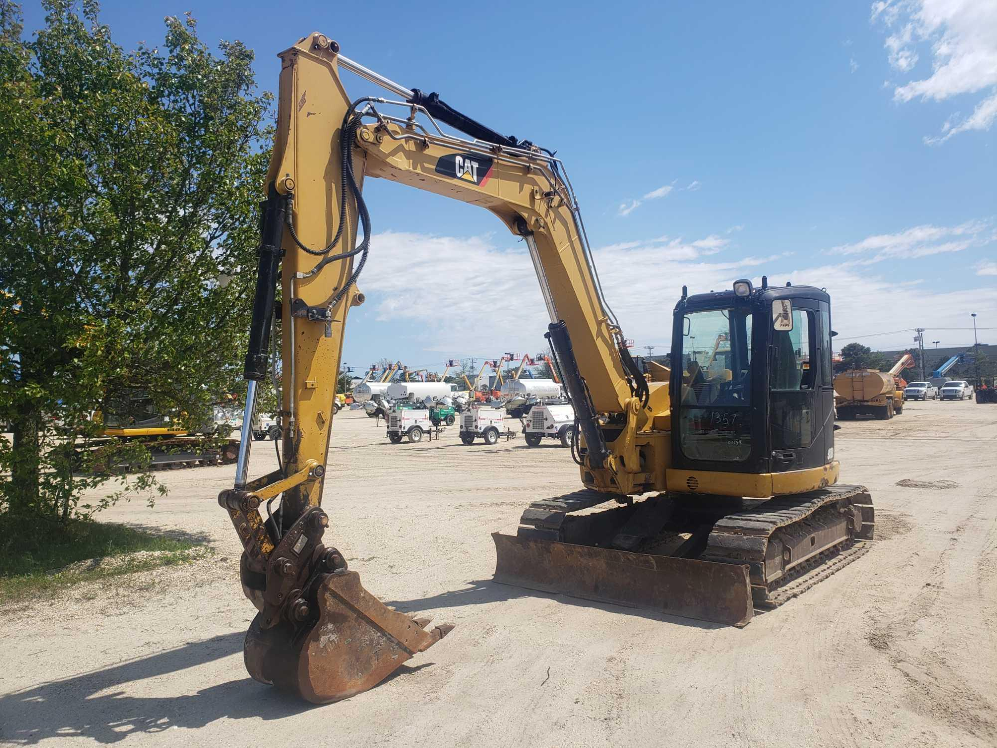 CAT 308DCR HYDRAULIC EXCAVATOR Powered By Cat Diesel