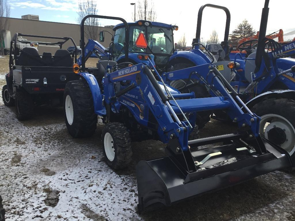 DEMO NEW HOLLAND WORKMASTER 25 TRACTOR LOADER 4x4