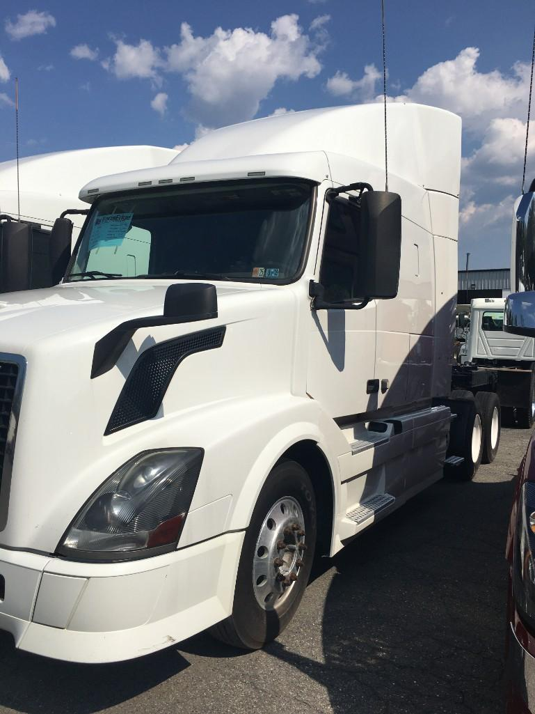 2014 VOLVO VNL630 TRUCK TRACTOR VN:181329 Powered By