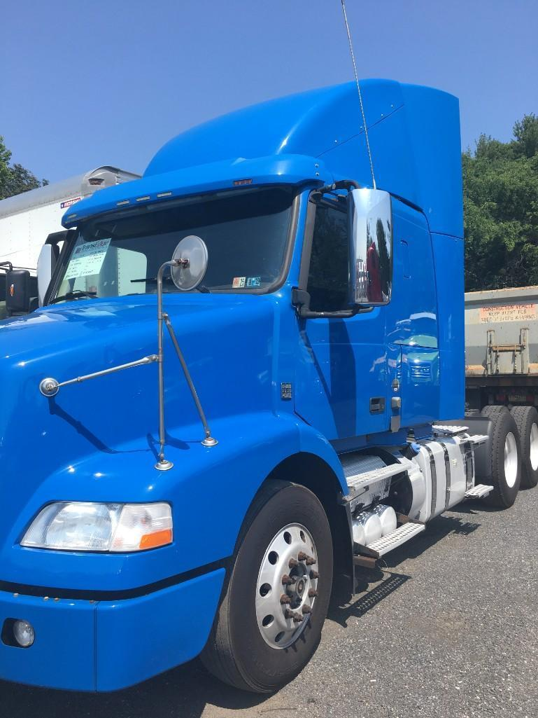 2013 VOLVO VNM300 TRUCK TRACTOR VN:141101 Powered By