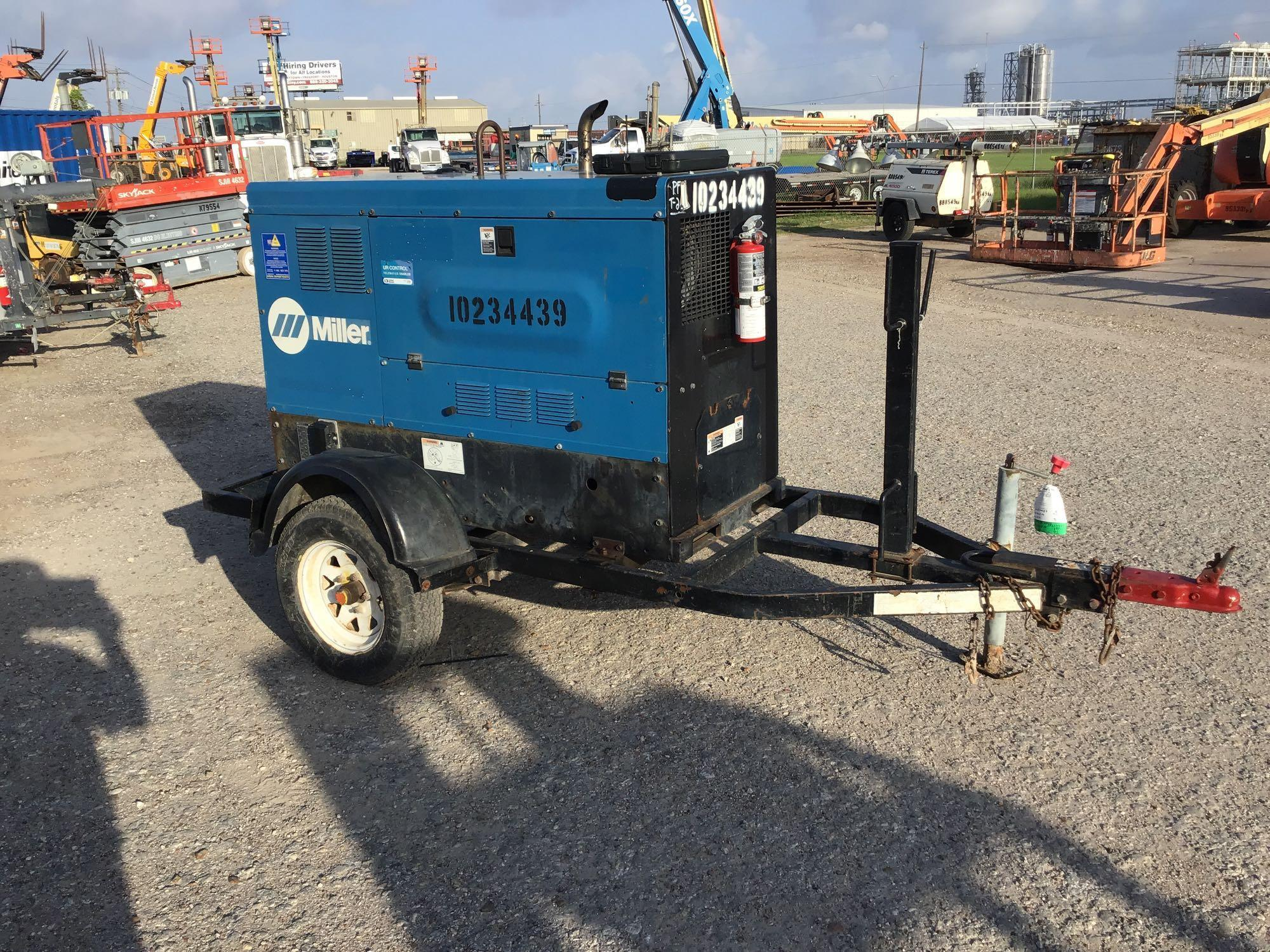 2014 MILLER BIG BLUE 500D WELDER SN:ME080067E Equipped