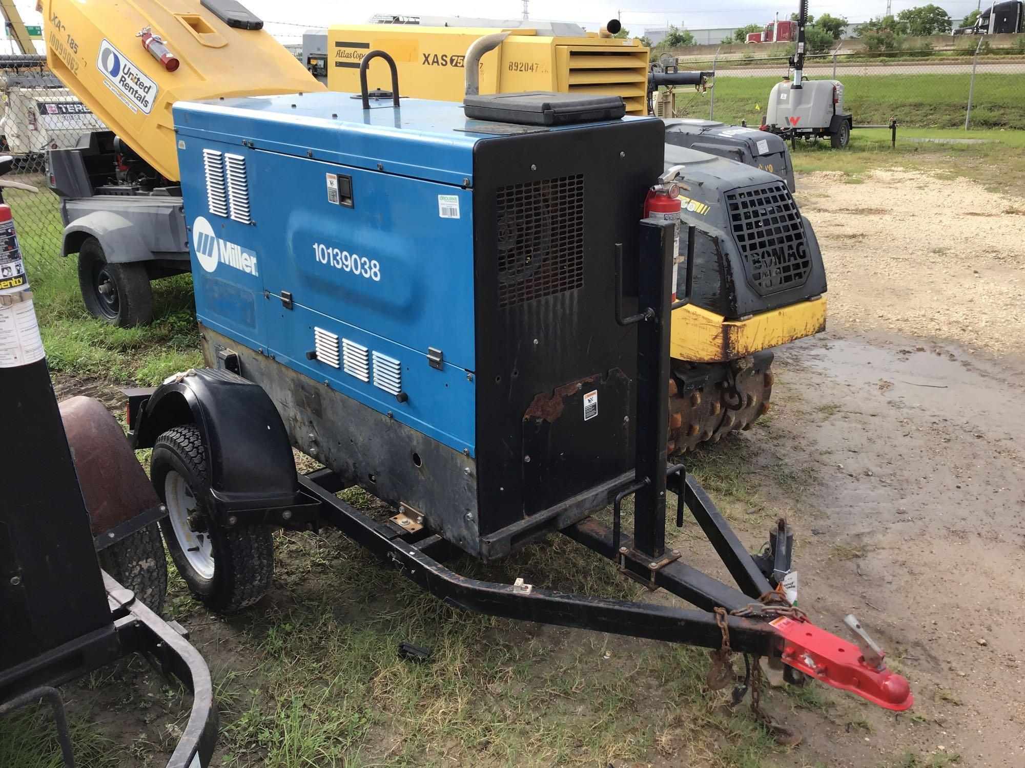 2013 MILLER BIG BLUE 500D WELDER SN:MD110127E Equipped