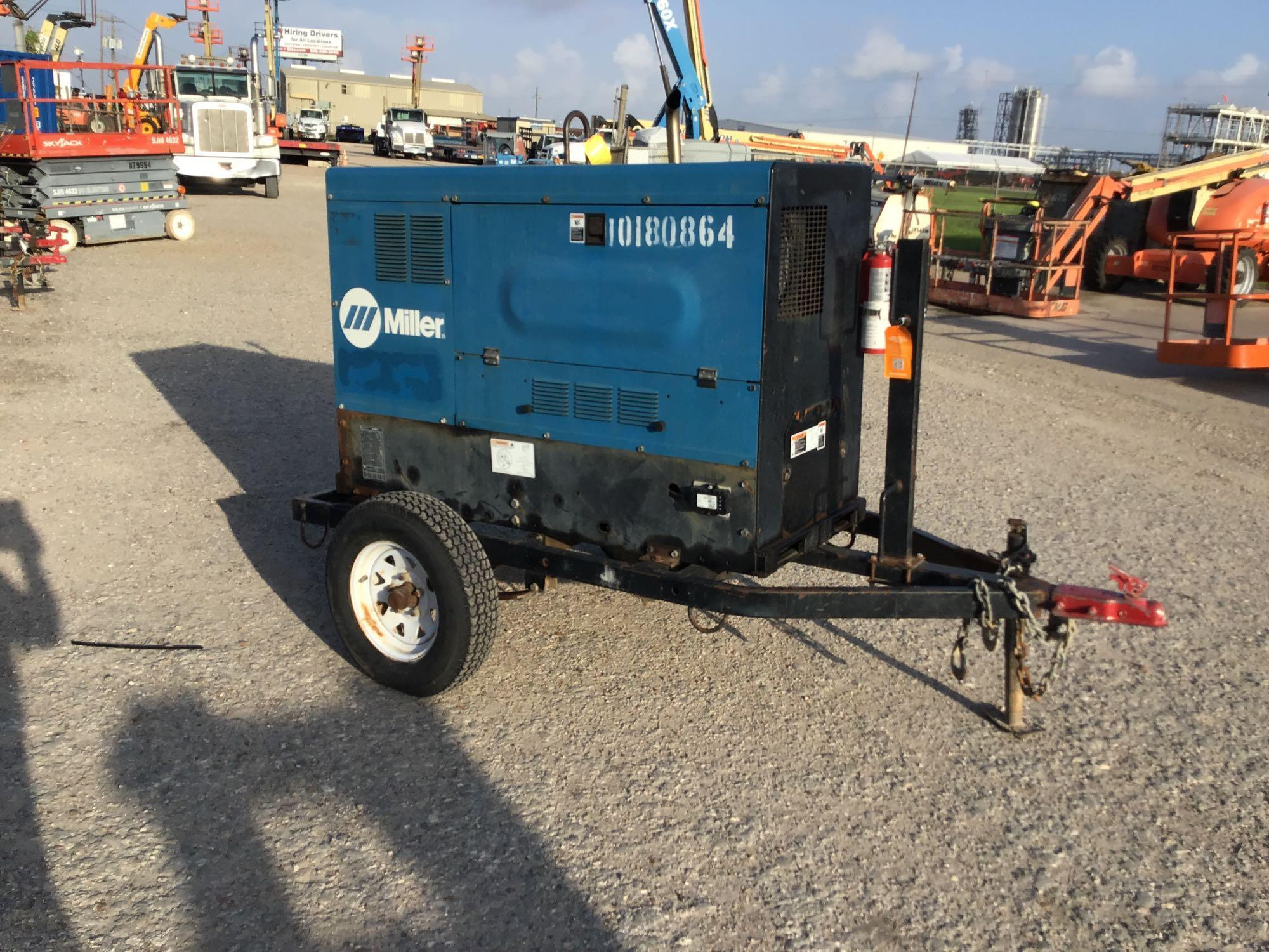 2013 MILLER BIG BLUE 500D WELDER SN:MD260085E Equipped