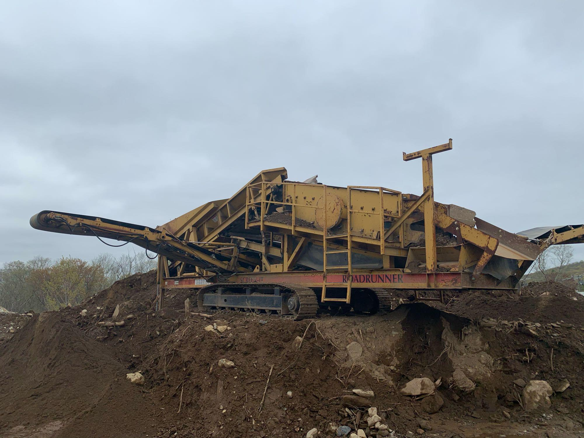2005 CEC 5FT. X 12FT. SCREENING PLANT AGGREGATE