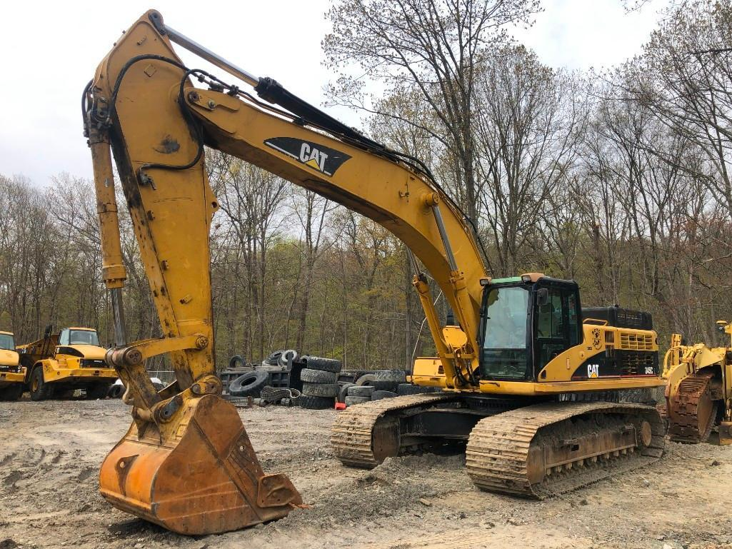 CAT 345CL HYDRAULIC EXCAVATOR SN:PJW00733 Powered By