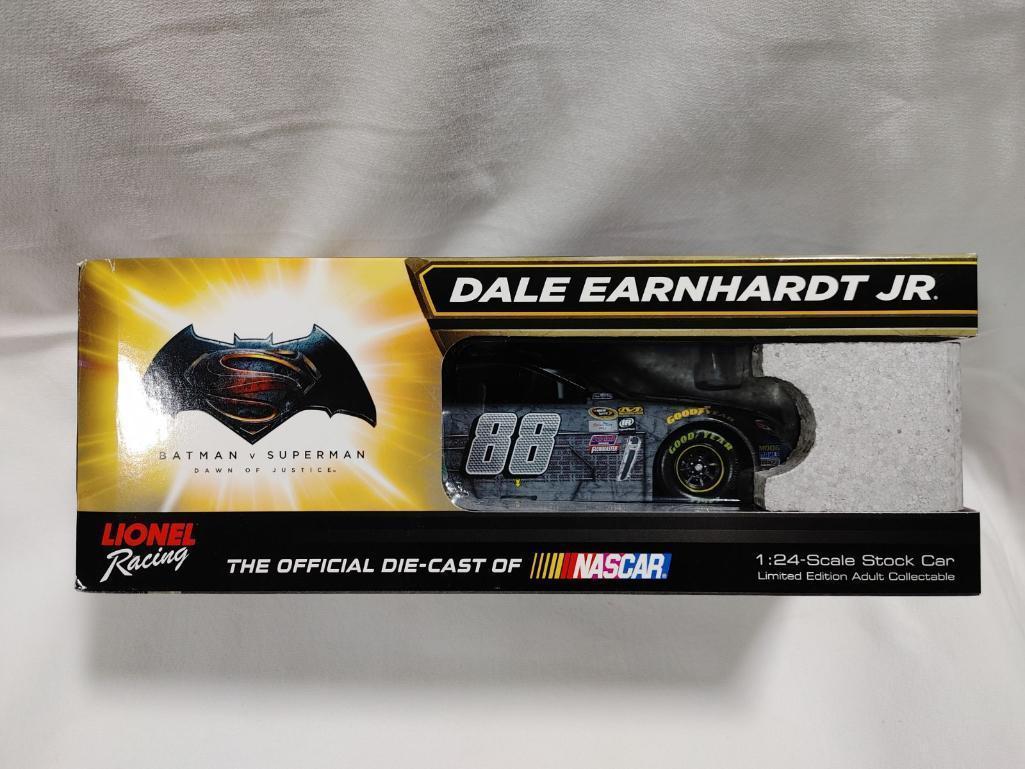 dale-earnhardt-jr-88-nationwide-batman-2016-ss-action-racing-collectible-124-diecast