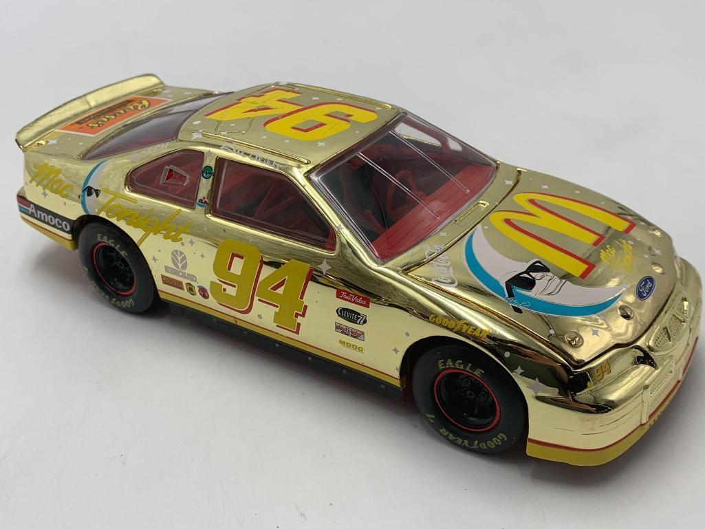 bill-elliott-94-gold-racing-champions-mac-tonight